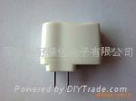 插墙式USB5V500MA400MA白色外壳电源适配