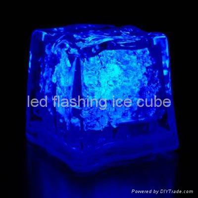 square led flashing ice cube 1