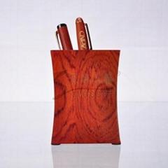 红木收腰笔筒
