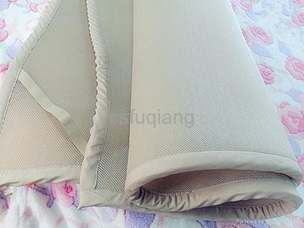 100%涤纶透气网眼床垫 2