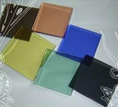 5-6mm彩色鋼化玻璃