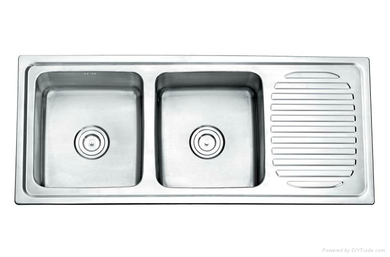 Double Bowel Kitchen Sink With Drainboard 2