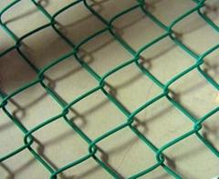 镀锌包塑勾花网