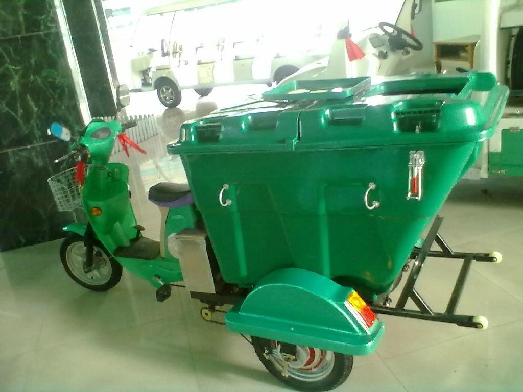 电动三轮保洁车 3