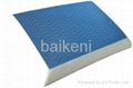 Gel traditional memory foam pillow