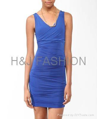 雙v領緊身縮褶修身女裙 1