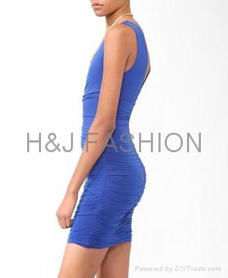 雙v領緊身縮褶修身女裙 2