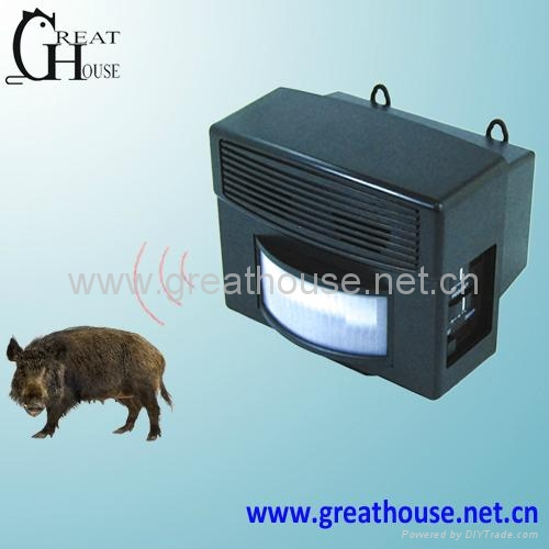 Ultrasonic wild animal Repeller GH-326 1
