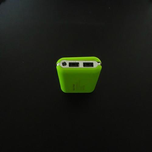 苹果手机移动电源 4