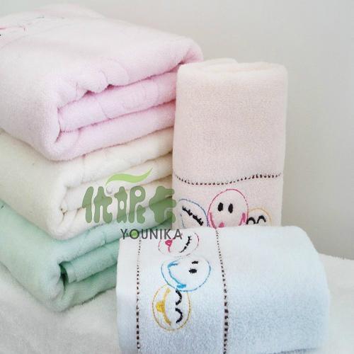 100% cotton ve  et embroidered towel sets  2