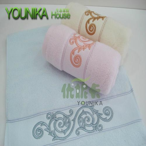 100% cotton plain embroidered gift towel  2