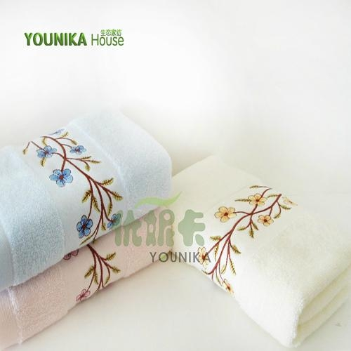 100% cotton plain embroidered gift towel  3