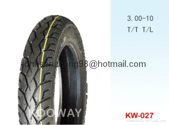 sell good quality 3.00-10 motorcycle tyres 4