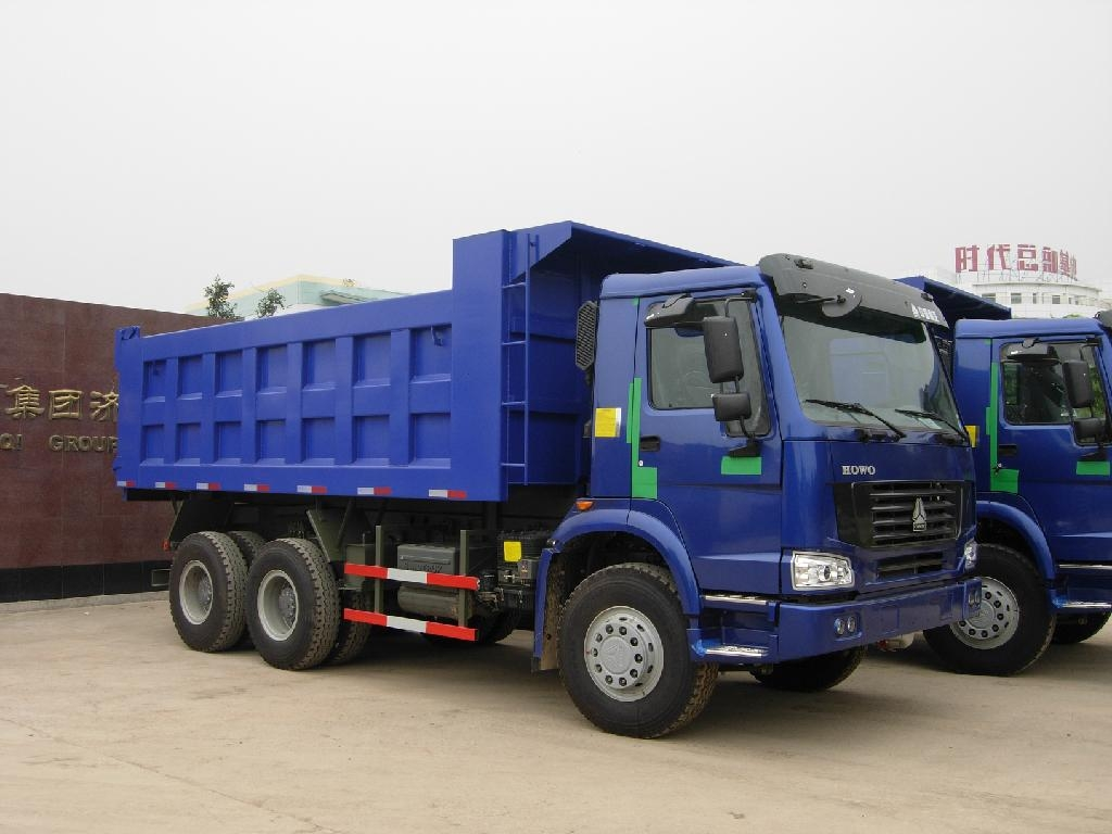 Howo 6x4 Dump Trucks 2