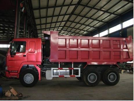 HOWO 6X4 Dump Trucks 5