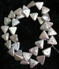 pearl necklace / bracelet