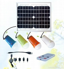 4-pieces portable solar lamp lighting system with phone charger tips