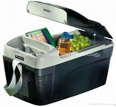 13L 12V Portable Fridge/Mini Cooler Box Used on Vehicle