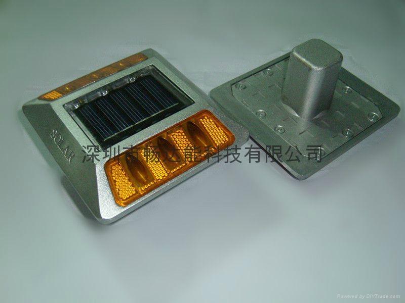 太陽能鑄鋁反光釘柱道釘燈 1