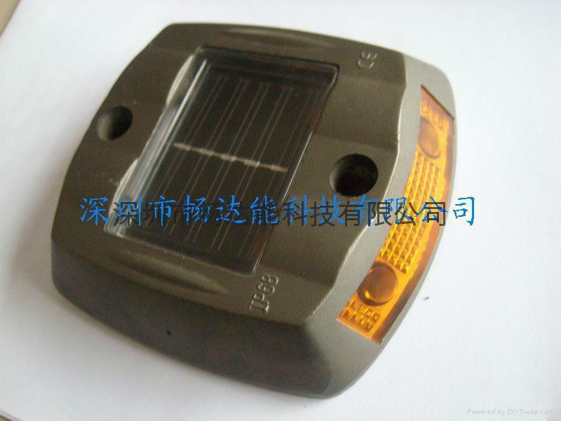 太陽能鑄鋁道釘燈 4