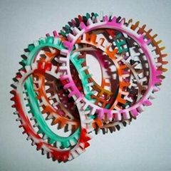 2013 hot sell sun flower shaped silicone wristbands