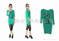 时尚kitty猫印花圆领中袖衫