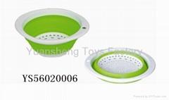 collapsible plastic colander/sieve houseware