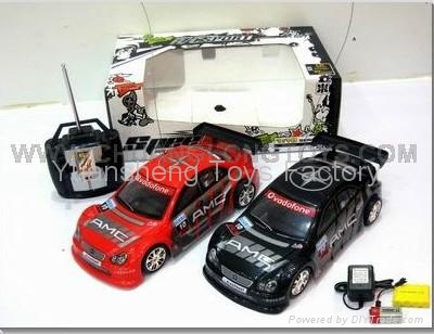 1:18 Model 4CH Remote Control Car  W/Light&Music 1