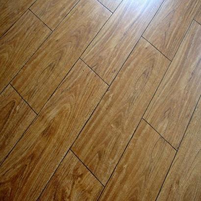 8106 laminate flooring  1