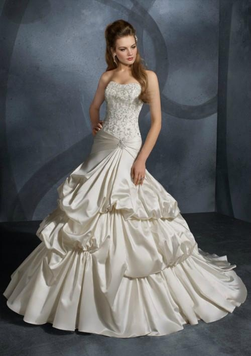 Strapless ball gown embroidery taffeta beading bridal wedding dress 1