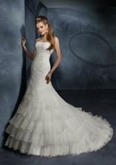 Elegant strapless mermaid  lace organza  bridal wedding dress