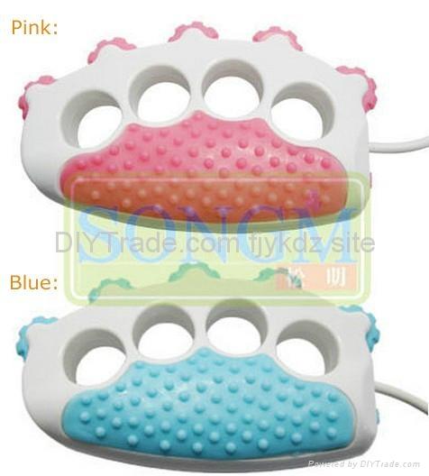 2013 New USB Mini Vibrating Finger Massager 1
