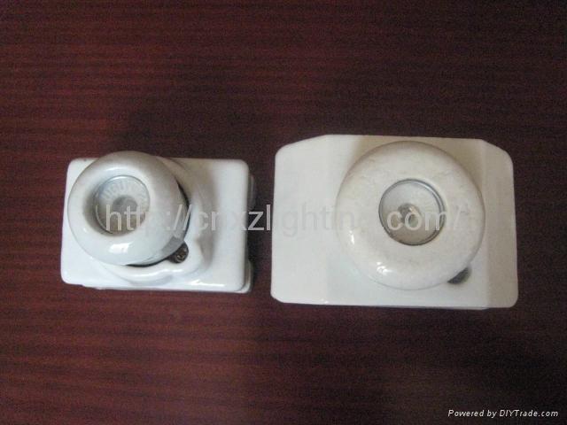 Ceramic  Lampholder 4