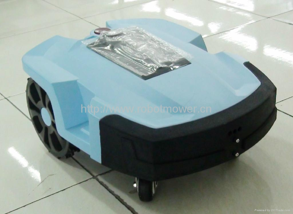 FRIENDLY ROBOTIC LAWN MOWER DENNA L600 4