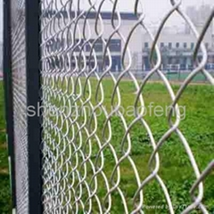 Temporary chain link mesh panel fence