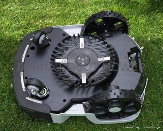 16Ah锂电机器人割草机/ 智能割草机器人 4
