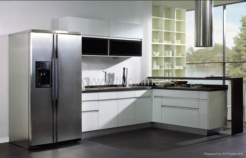 white kitchen cabinets manufacturers kitchen cabinets white lacquered glossy and modern c 28842