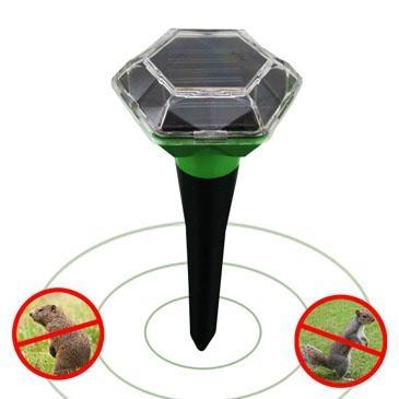 新一代户外太阳能驱鼠器 1