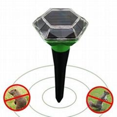 新一代户外太阳能驱鼠器