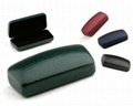 iron glasses case with cleaning cloth  4