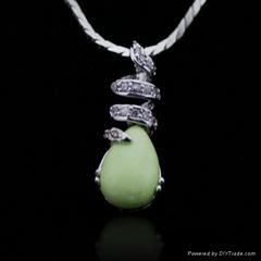 New Design Fashion Teardrop Gemstone Pendant CZ Jewelry
