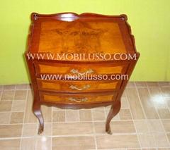 Luxury English antique commode
