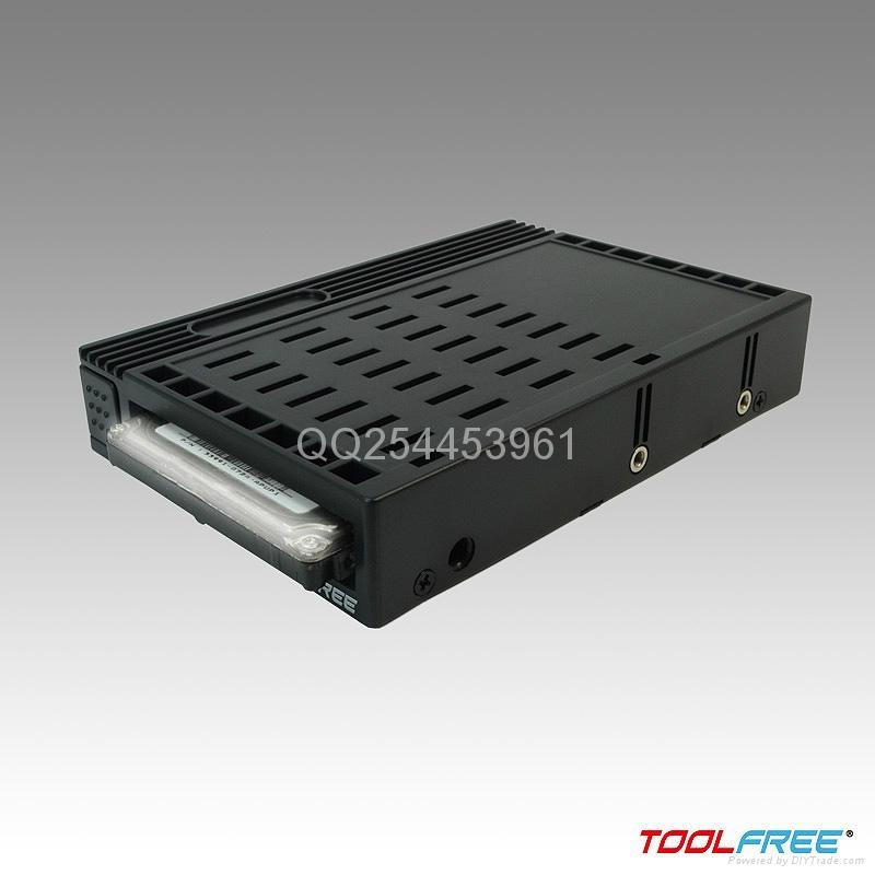 2.5轉3.5英吋硬盤轉接盒 3