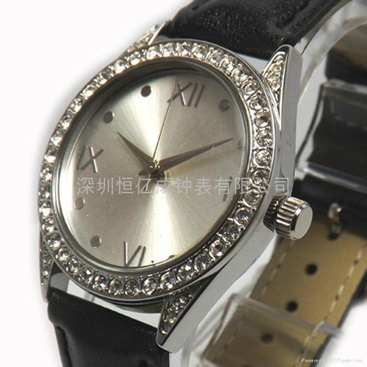 2013年热售时尚合金手表 5