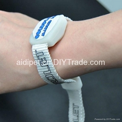 2012 new products LED remote wristband