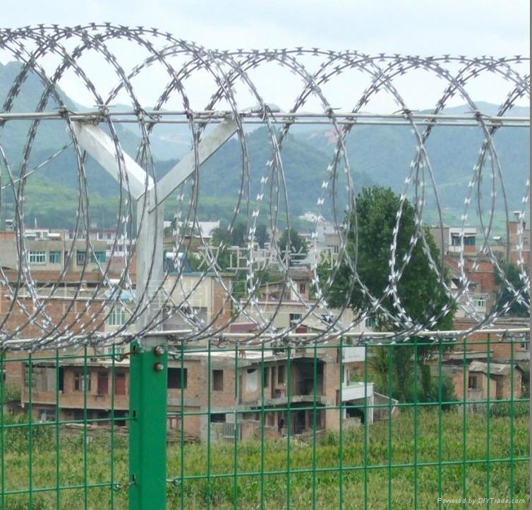 监狱护栏网 2