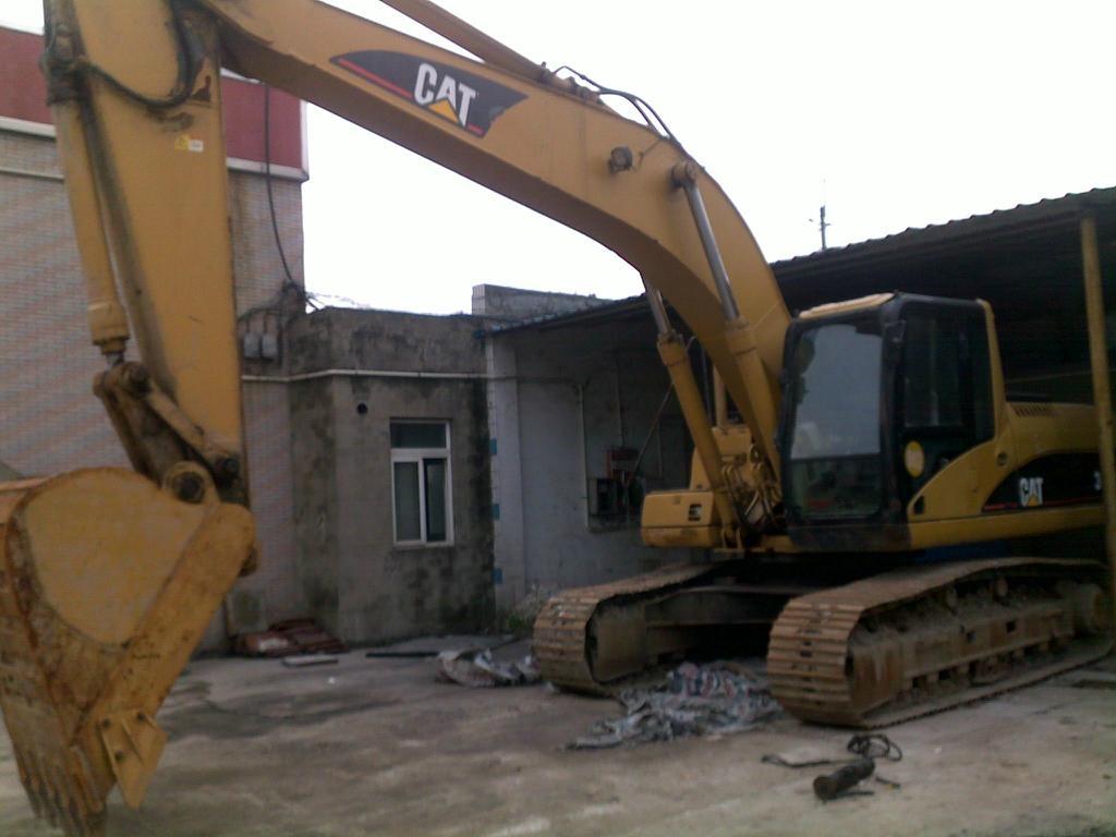 Used Caterpillar Excavator Heavy Machinery 325c China