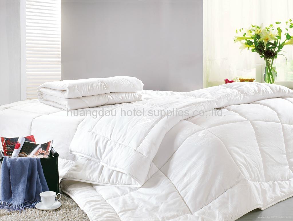 100% white cotton hotel quilt(comforter,duvet) hotel duvet - HD ... : white quilted comforter - Adamdwight.com