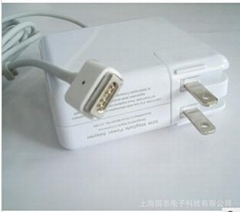 苹果18.5V 4.6A  MacBoo