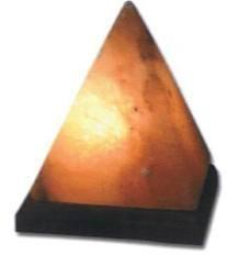 Pyramide salt lamp
